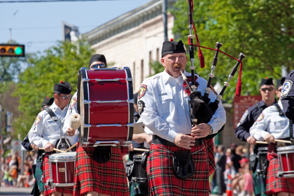 Pipes and Drums on the Square 1